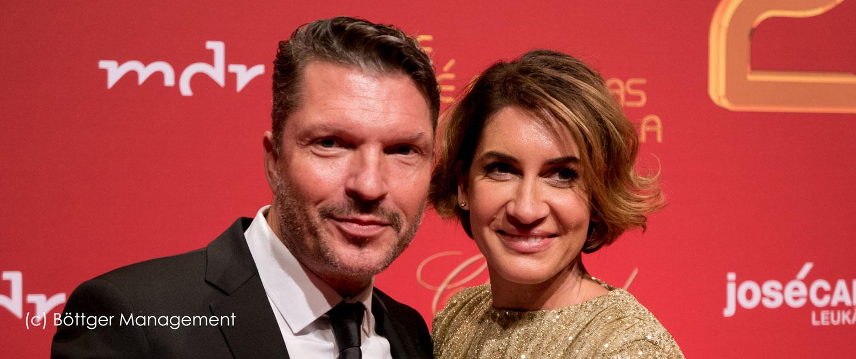 25. Hardy Krüger jr. mit Ehefrau bei 25. Carreras Gala 2019