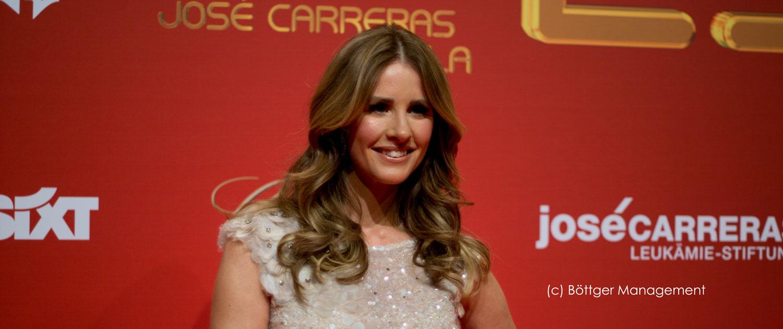 Moderatorin Mareile Höppner führt durch 25. Josè Carrreras Gala