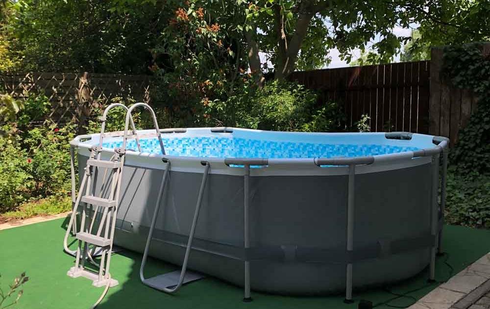 für das Schwimmbad im Garten einen Swimmingpool kaufen