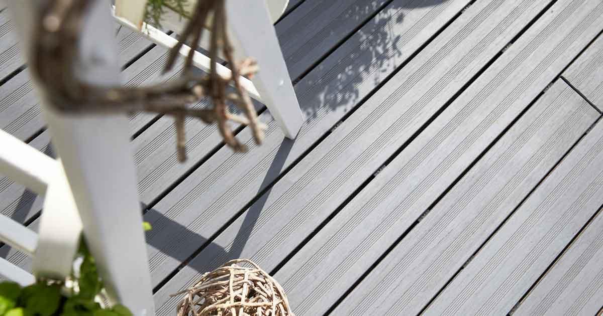 Bambusdielen sind in mehreren Farben erhältlich
