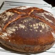 Ein Friss Dich dumm-Brot backen aus Dinkel und Roggenmehl