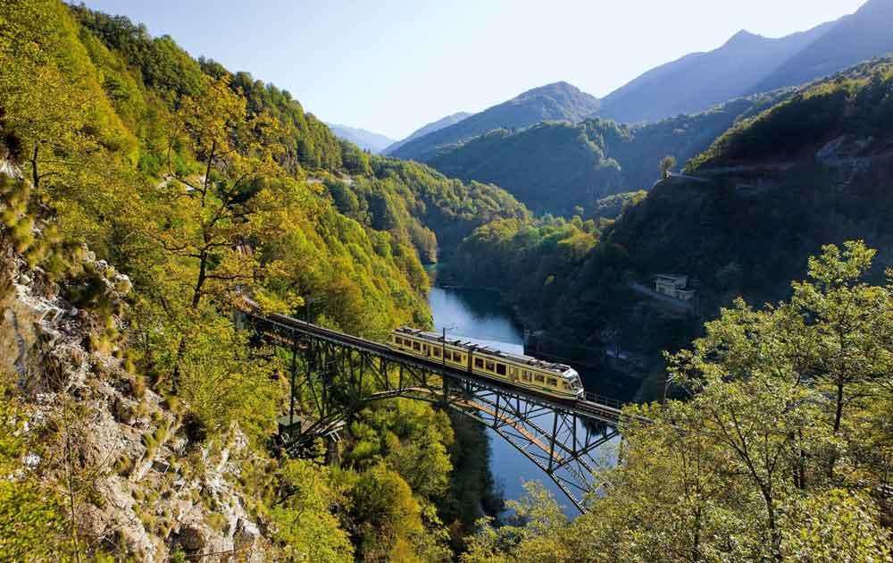 Centovalli Bahn von Locarno bis Camedo