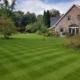 Englischer Rasen anlegen und pflegen